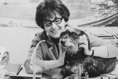 Elisabeth Schnell mit Zibu