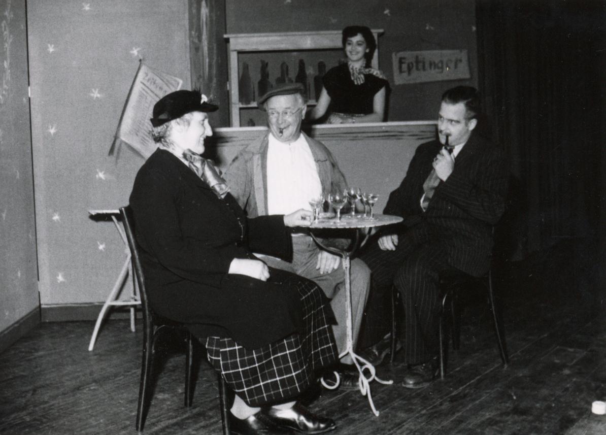 Elisabeth Schnell in Polizist Wäckerli